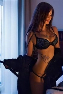 Emilissa, escort in France - 9254