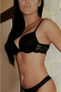 Hotail, horny girls in France - 324