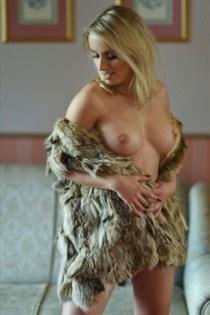 Maithily, horny girls in Sweden - 2713