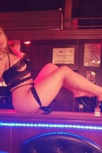 Yosser, horny girls in France - 8615